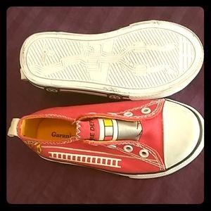 Free Toddlers Garanimals Shoe Size 7